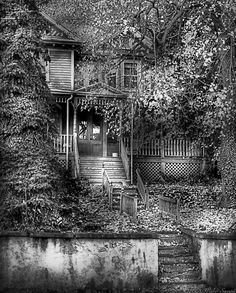 Haunted - Abandoned Photograph by Mike Savad - Haunted - Abandoned Fine Art Prints and Posters for Sale Abandoned Property, Old Abandoned Houses, Abandoned Buildings, Abandoned Places, Old Houses, Abandoned Castles, Old Mansions, Abandoned Mansions, Scary Places