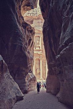 I wish I was back in #Jordan seeing #Petra again for the 1st time. #travel #UNESCO #photography