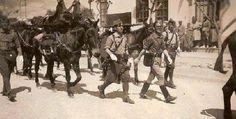 Sublevación en Marruecos por parte de la Legión Española que se echa a las calles en Ceuta.