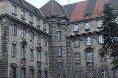 Budynek PKP od strony ul. Kościuszki.