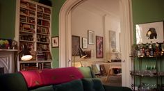 A glimpse inside Sarah Jessica Parker's dreamy NYC home - strong minty green and pink