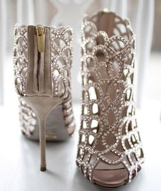 Best of 2013 - Best Bridal Shoes by Sergio Rossi (Looks a lot like my wedding shoes) I have these in Black ( Im in LOVE! Zapatos Shoes, Women's Shoes, Shoe Boots, Louboutin Shoes, Ankle Boots, Ugg Boots, Bling Shoes, High Shoes, Cute Shoes