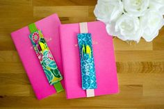 Sewing Gifts DIY Journaling Bookmark (and pencil holder) free sewing tutorial — SewCanShe Easy Sewing Projects, Sewing Projects For Beginners, Sewing Hacks, Sewing Tutorials, Sewing Crafts, Sewing Tips, Tutorial Sewing, Diy Projects, Memory Crafts