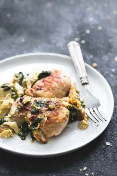 All you need is 30 minutes to make this yummy skillet spinach-artichoke chicken dish.