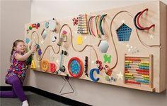Adoro esse tipo de painel! São relativamente fáceis de fazer, dão inúmeras possibilidades de trabalho e podem ser usados em todos os programas. Para crianças com alterações sensoriais, são de grand...