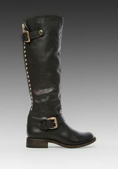 I want these boots ,who makes them?