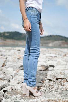 Tamara Bellis Fashion Blog Clothing Blogs, Double Denim, Denim Outfit, Sammy Dress, Blue Jeans, That Look, Skinny, Chic, Stylish