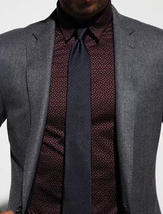Match your tie to the rest of your outfit as the real gentleman you are! See how at http://glamshelf.com