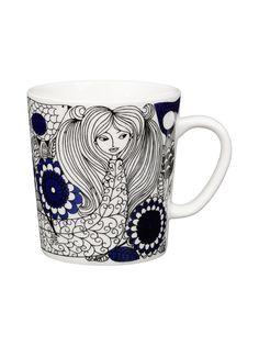Cups & mugs - Dishware - Tableware - Finnish Design Shop Nordic Design, Scandinavian Design, Royal Copenhagen, Cappuccino Tassen, Deeper Shade Of Blue, Ceramic Tableware, Blue And White China, China Art, Myrna Loy