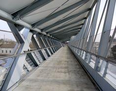 Blois walkway