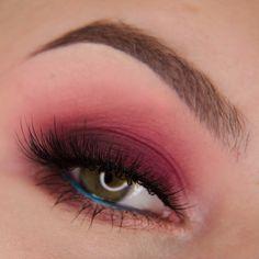 Makeup Geek Eyeshadows in Aphrodite, Artemis, Mars and Sora + Makeup Geek Full Spectrum Eye Liner Pencil in Plumeria + MannyMUA x Makeup Geek Palette. Look by: aGwer