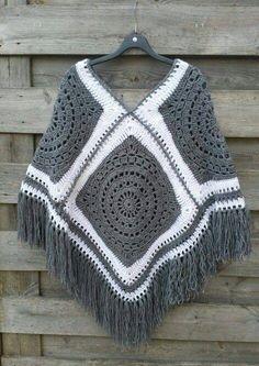 The Most Beautiful Crochet Poncho Patterns – Page 13 of 20 – apronbasket .com The Most Beautiful Crochet Poncho Patterns – Page 13 of 20 – apronbasket .com,Paracord The Most Beautiful Crochet Poncho Patterns. Poncho Crochet, Crochet Jacket, Crochet Granny, Diy Crochet, Blanket Crochet, Crochet Ideas, Granny Square Poncho, Granny Squares, Granny Square Patterns
