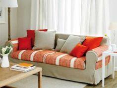 Aprende como confeccionar en tu maquina de coser una funda para sofá - CURSO DE COSTURA Couch, Furniture, Home Decor, Table Toppers, Couch Slip Covers, Cover, Step By Step, Cases, Manualidades