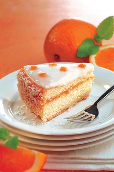 Gluteeniton appelsiinikakku (8:lle), valmistusaika alle 60 min. Fruit Bread, Baked Donuts, Little Cakes, Trifle, Coffee Cake, Cheesecake, Gluten Free, Baking, Sweet