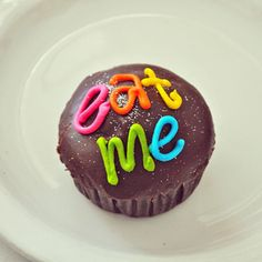 eat me now !!