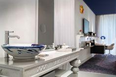 Bathroom Andaz King room