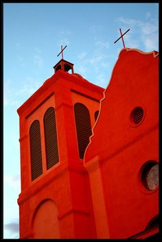 Red Glow - a Church in Silver City, NM- natural beauty glow in the sunset light (not photoshopped) == Old Churches, Catholic Churches, Silver City, New Mexican, Church Architecture, Land Of Enchantment, Church Building, Place Of Worship, Kirchen