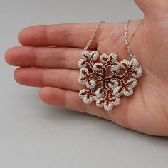Licheni lichene gioielli delicato e femminile di elinart su Etsy, £46.00   <3