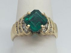 14K YELLOW GOLD 2.50CT GENUINE SQUARE CUT EMERALD AND DIAMOND RING