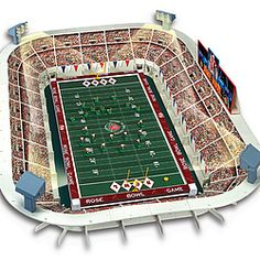 Electric football game complete with teams, goalposts, yard markers, stands, stadium with lights and scoreboard. Popular in the Football Art, Vintage Football, Football Helmets, Rose Bowl Game, Electric Football, Realistic Games, Old School Toys, Vintage Toys, Vintage Stuff
