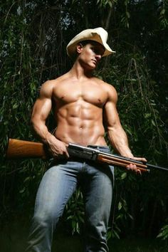 So, you can always go for this look. Gun not optional.This cowboy will take care of you. he is a stud! Cow Boys, Farm Boys, Hot Cowboys, Cowboys And Indians, Hot Country Boys, Le Male, Raining Men, Cowboy And Cowgirl, Cowboy Boots