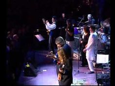 DEEP PURPLE and The London Symphony Orchestra ~ Smoke On The Water. This is good :)