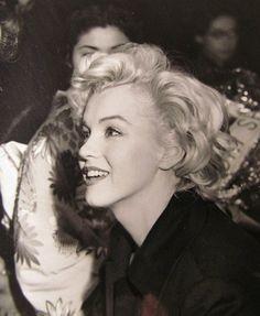 Marilyn Monroe in Japan, 1954.