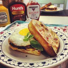 http://instagram.com/p/jQasb4DIZT/  #dukan #receitasdukan #dukanrecipes #dukandiet lowcarb #paleo #paleodiet #diet #protein #eatclean #eathealthy #healthyfood #healthy #food #hamburger #egg #cheese #hamburguer #hamburguerdukan #chesseburger