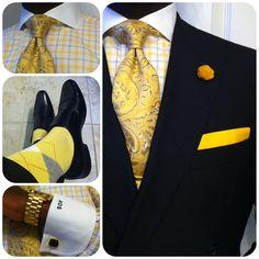 Nice contrast of blues & yellows, light and dark... Elegant.