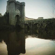 Porte St Jacques. Bâtie par les anglais il y a bien longtemps. #parthenay #deuxsevres #medieval #architecture #igersfrance #igersniort