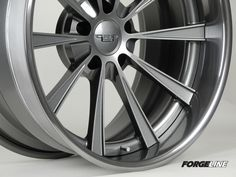 From the new Forgeline Grip Equipped Series, we present the concave Dropkick, finished with a Satin Gunmetal center and Transparent Smoke outer. See more (including sizes and prices) at: http://www.forgeline.com/products/grip-equipped-series/dropkick.html