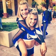 My favorite cheerleading twins even though they are not.Go Smoed. Famous Cheerleaders, Cheerleading Photos, Cheer Stunts, Cheerleading Outfits, Cheer Picture Poses, Cheer Poses, Picture Ideas, All Star Cheer Uniforms, Cheer Team Pictures