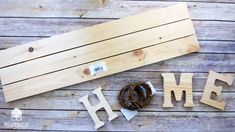 Make your own Interchangeable Wreath Home Sign – walnuthollowcrafts Crafty Projects, Projects To Try, Interchangeable Wreath, Different Kinds Of Art, Quick Crafts, Dark Walnut Stain, H & M Home, Wood Letters, Home Wall Decor
