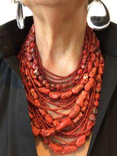 Gallery Freya - Monies Unique Coral necklace