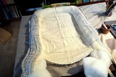Rosa Mitnik: Jak se šije hnízdo pro miminko/ Návod na šití Drops Design, Baby Quilts, Diy And Crafts, Couture, Stitch, Sewing, Knitting, Crochet, Mini