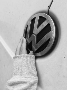 Pin by Benedicto Singian on Cool Cars | Vw tattoo ...