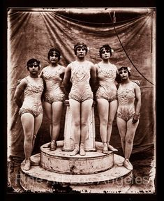 "Fred Glasier Photo, ""All Women Circus Act"" by FineArtLosAngeles on Etsy Women In History, Black History, Vintage Photographs, Vintage Images, Old Pictures, Old Photos, Pierrot Clown, Circus Acts, Picnic Outfits"