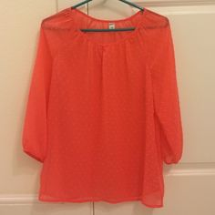 Pretty pink top Worn once. Great condition. Could also fit medium. Old Navy Tops