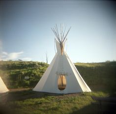 teepee. i think i have a teepee thing... ever since that rainbow gathering 16 years ago...