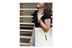 Nude női válltáska  Nude shoulder bag  #bbag #bőr #bőrtáska #beigebag #leatherbag #leathershoulderbag #leather #bézstáska Bago, Leather Bags, Sling Backpack, Nude, Backpacks, Shoulder Bag, Fashion, Leather Tote Handbags, Moda