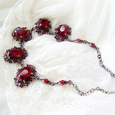 2016 de La Moda de Cristal Plateado de La Cadena Red Rhinestone Colgantes Collares de Las Mujeres Collares Gargantillas Declaración de Joyería al por mayor