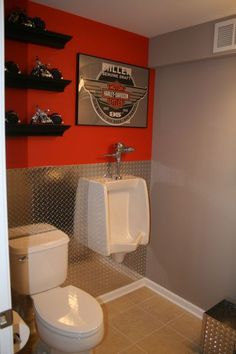 I wouldn't have this, but I know some who would probably  love it!   Harley Davidson Bathroom Decor