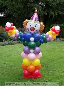 Clown for Laina Carnival Birthday Parties, Circus Birthday, First Birthday Parties, Birthday Party Decorations, Circus Decorations, Carnival Themes, Balloon Decorations, Clown Party, Circus Party
