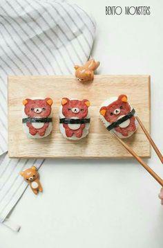 Rilakkuma Bear Sushi for Bento :D Bento Box Lunch For Kids, Cute Bento Boxes, Japanese Food Art, Japanese Sweets, Rilakkuma, Kawaii Bento, Kawaii Dessert, Bento Recipes, Bento Ideas