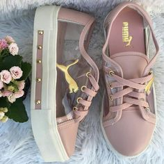 Das Bild kann enthalten: Schuhe – – – A imagem pode incluir: Sapatos – – – # Ankle Sneakers, Leather Sneakers, Winter Sneakers, Sneakers Fashion, Fashion Shoes, Shoe Boots, Shoes Heels, Hype Shoes, Pumas Shoes