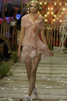 John Galliano Spring 2008 Ready-to-Wear Fashion Show - Anabela Belikova (SILENT)