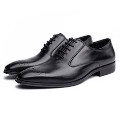 119.6$ Men Sleek Perforated Toe Leather Oxford Shoes
