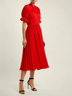 Modest Dresses You Won't Find Anywhere Else Modest Dresses, Simple Dresses, Easy Dress, Dress Outfits, Fashion Dresses, Fall Outfits, Church Outfits, Sunday Clothes, Work Dresses For Women