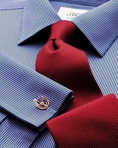 Slim fit non-iron puppytooth royal blue shirt Best Suits For Men, Cool Suits, Stylish Men, Men Casual, Casual Styles, Royal Blue Suit, Designer Suits For Men, Well Dressed Men, Gentleman Style