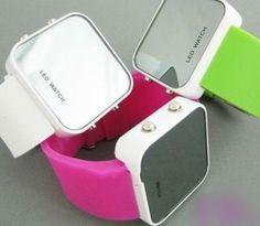 Relogio de LED quadrado - diversas cores   Relógios     TriClick por R$56,60
